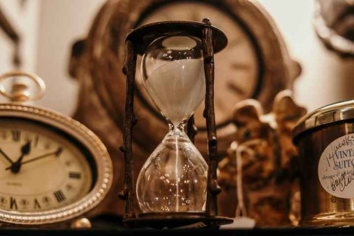 clocks sand dial