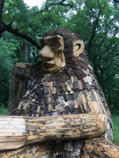1 troll arboretum