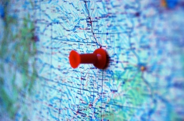 Red-pin-on-a-US-map